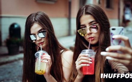 HUFFPOST:Teen_Girls_Taking_Selfie_Newport_Academy